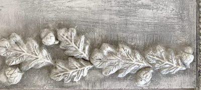 iod mould fleur de lis